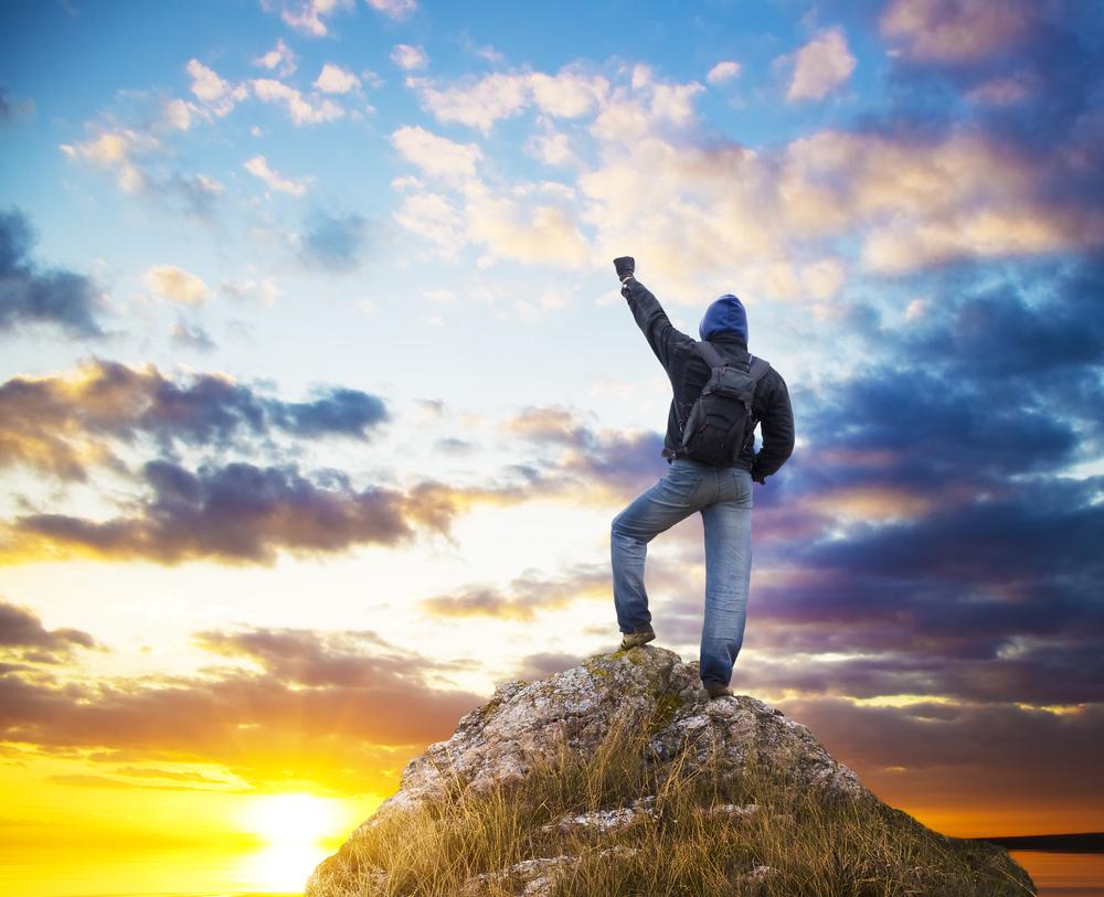Liderazgo consciente, basado en el aspecto humano, para la paz individual y global
